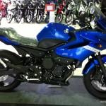 2011-Yamaha-XJ6-Malaysia-15
