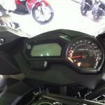 2011-Yamaha-XJ6-Malaysia-47