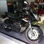 2011-Yamaha-XJ6-Malaysia-51
