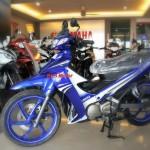 125ZR-biru-2