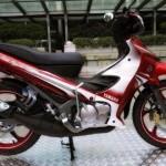 2012 Yamaha 125ZR new maroon livery?