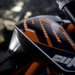 2014-KTM-Duke-390-Malaysia-007