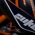 2014-KTM-Duke-390-Malaysia-008