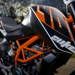 2014-KTM-Duke-390-Malaysia-012