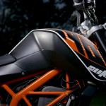 2014-KTM-Duke-390-Malaysia-020