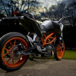 2014-KTM-Duke-390-Malaysia-026