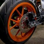 2014-KTM-Duke-390-Malaysia-028