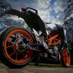 2014-KTM-Duke-390-Malaysia-030