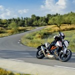 2014-KTM-Duke-390-Malaysia-061