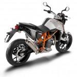 2014-KTM-Duke-390-Malaysia-066