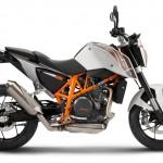 2014-KTM-Duke-390-Malaysia-067
