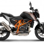 2014-KTM-Duke-390-Malaysia-068