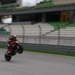 02-2014-KTM-1290-SuperDukeRMalaysia-001