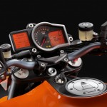 50-1290_R_Superduke_Cockpit