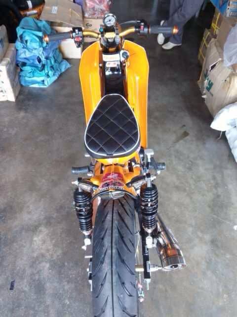 HondaC70-StreetCub-005