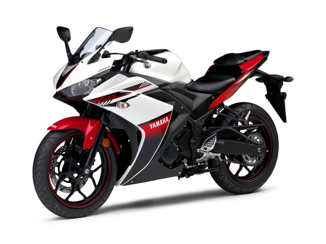 2016-Yamaha-YZF-R25-001-Red